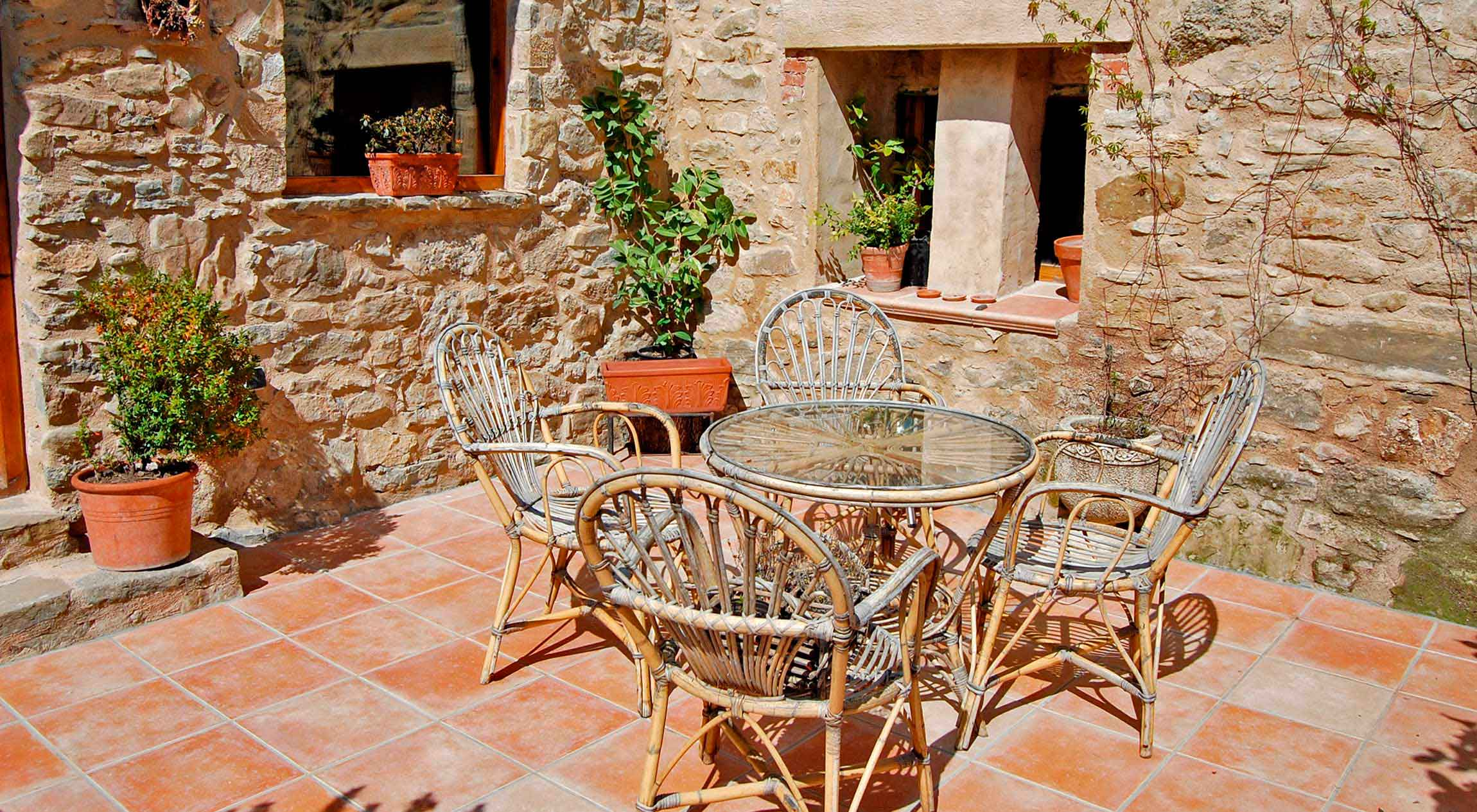 Dones d'aigua -Independent apartment for 2-4 people.